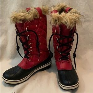 Sorel Tofino Winter Boot - Red and Black